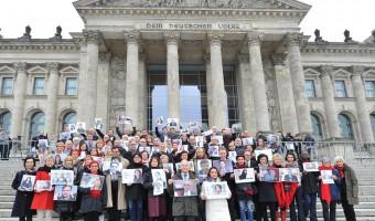 """Presseerklärung zur Foto-Aktion des Programms """"Parlamentarier schützen Parlamentarier"""" in der Türkei"""