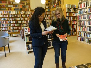 Ein Blick in den Standtort des Berliner Büchertisches am Mehringdamm in Kreuzberg