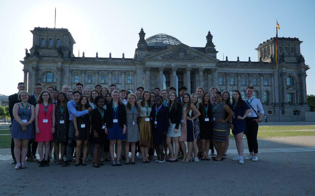 Deutsch-amerikanische Freundschaft stärken – Hilfe Gastfamiliensuche für Jugendliche aus den USA