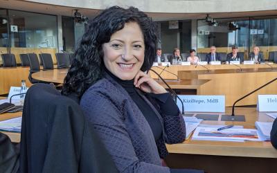 Öffentliche Anhörung im Finanzausschuss – Doppelte Besteuerung von Renten? Eine komplexe Frage während der Systemumstellung