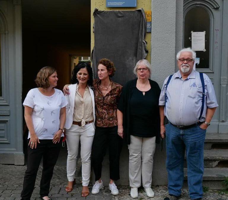 Gedenktafel für Heiner Müller in der Muskauer Straße